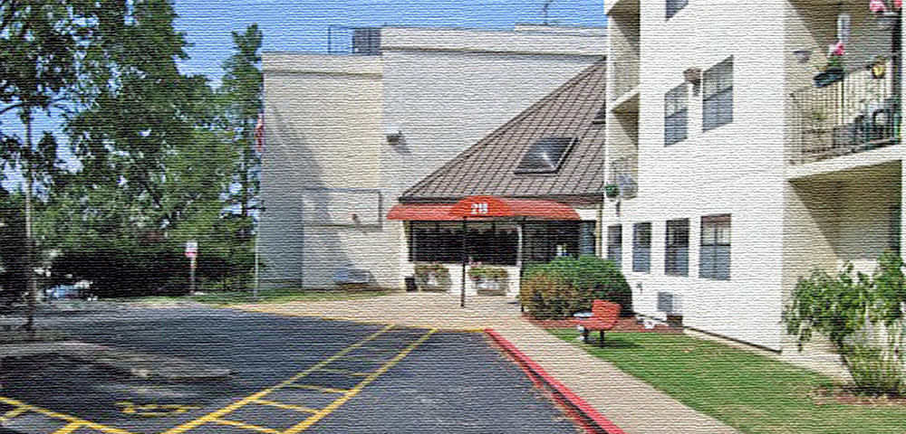 Branson Manor Apartments